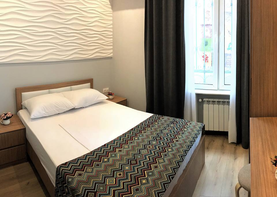 http://www.downtownhoteltbilisi.com/