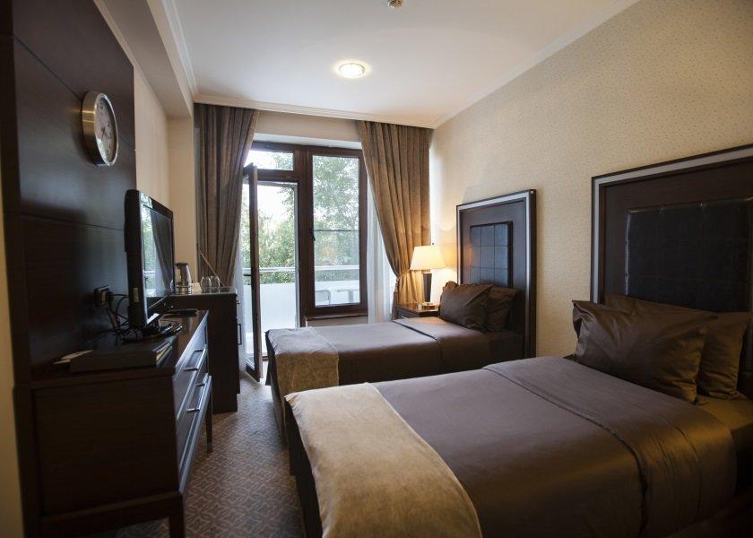 CHINAR HOTEL&SPA 5*