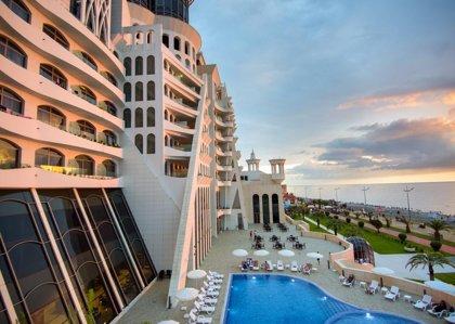 THE GRAND GLORIA HOTEL 5*