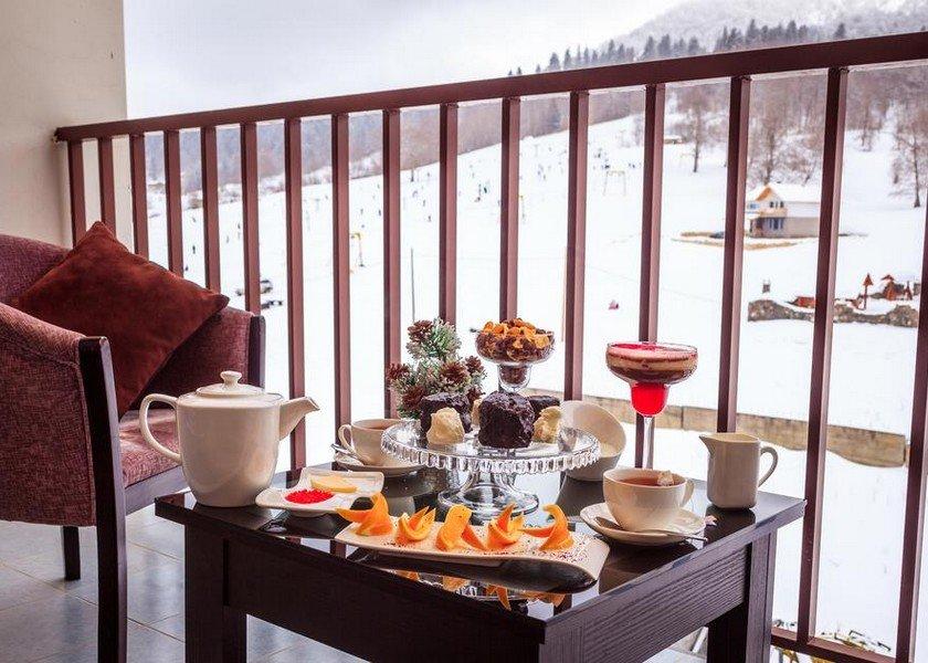 SNOW PLAZA HOTEL BAKURIANI 4*